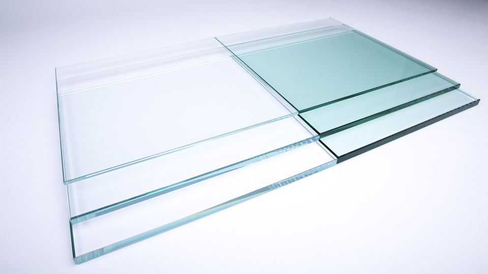 Low Iron Glass and Clear Glass Comparison
